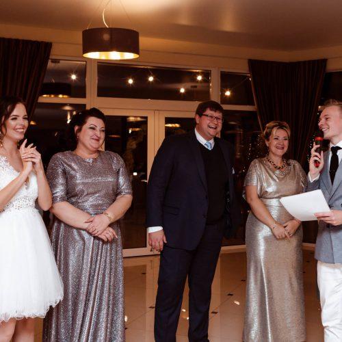 Vestuves su renginiu vedeju Denisu
